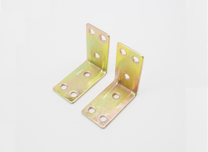 100Pcs Furniture Fitting Kitchen Cabinet Corner Brackets Furniture Grade Iron Connector Fitting(China (Mainland))