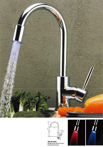 torneira cozinha quente e fria hot cold faucet kitchen faucets LED kitchen faucet torneira de cozinha LLC22<br><br>Aliexpress