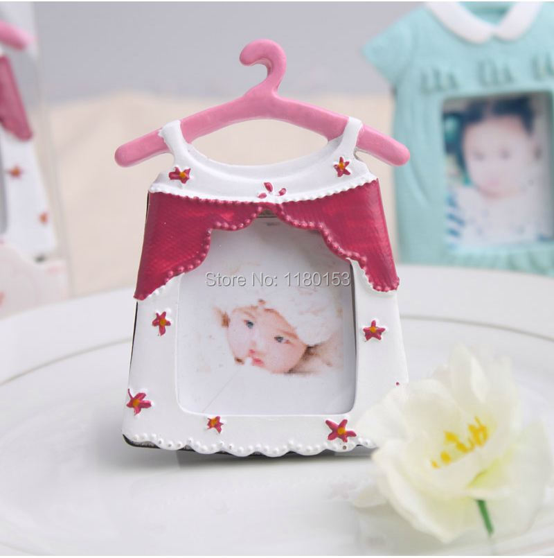 Free Shipping 100pcs Lot To SG MAL Pink Resin Cloth Hanger Photo Frame Table Place Card Holder