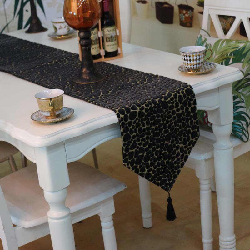 leather table runners 2