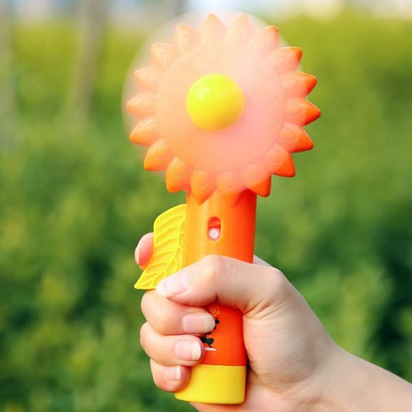 Solar Flower portable spray cooling fan D021 fan mini fan of mini fan(China (Mainland))