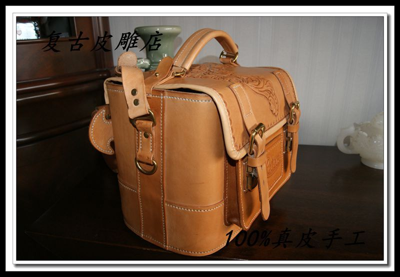 Pure manual sculpture made imported Italian tanning leather camera receive arrange package(China (Mainland))