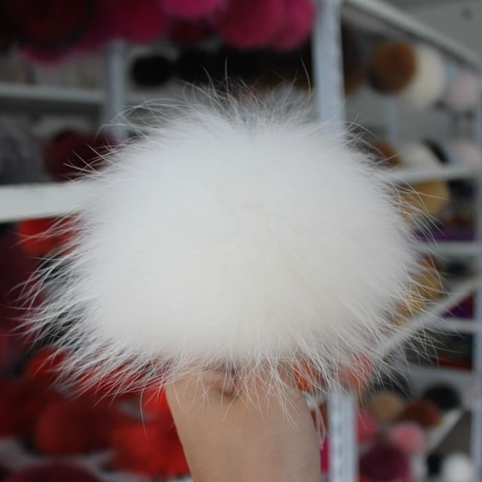 Genuine Raccoon Fur pom poms 15CM Big Full Size Winter Knit Baby Kids hats caps Skullies & Beanies Apparel & Accessories(China (Mainland))