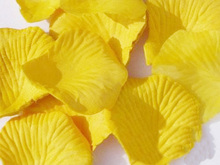 Wholesale price 1000pcs Yellow Silk Rose Petals Artificial Flower Wedding Vase Decor