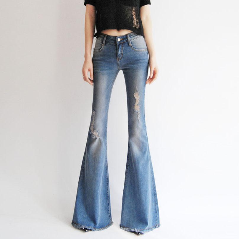 девушки в заниженных джинсах и стрингах