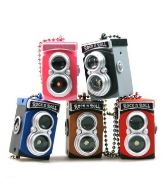 Double Lens Reflex TLR Camera Style LED Flash Light Shutter Sound Keychain,Random Color(China (Mainland))