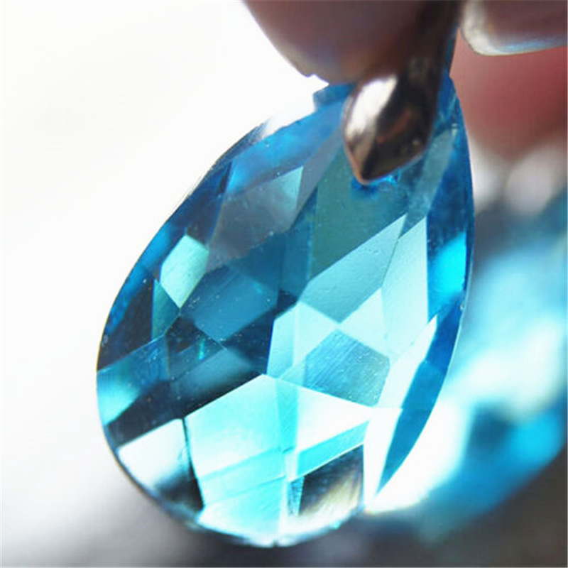 [PCMOS] 2016 New SAO Sword Art Online Asuna Kirito Yui Blue Crystal Necklace Pendant Cosplay Free Shipping 1400(China (Mainland))