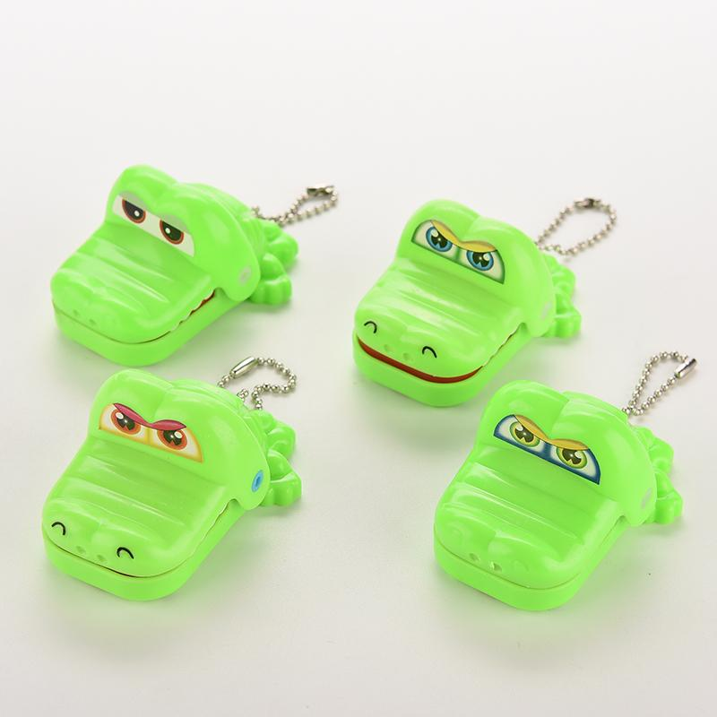 1PCS Hot Selling Crocodile Dentist Toy Crocodile Mouth Dentist Bite Finger Game Funny Toy Child Kids Party Favors(China (Mainland))