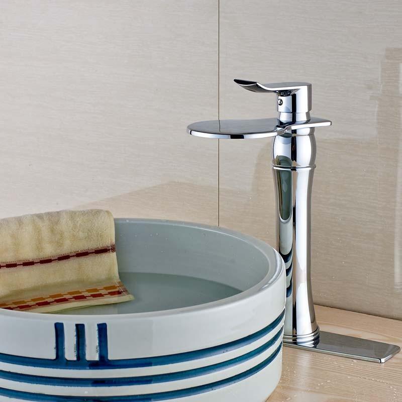 Купить Яркий Chrome Водопад Носик Бассейна Кран Краны Однорычажный Ванной Горячей и Холодной Смеситель Петух Латунь Decrate Крышка
