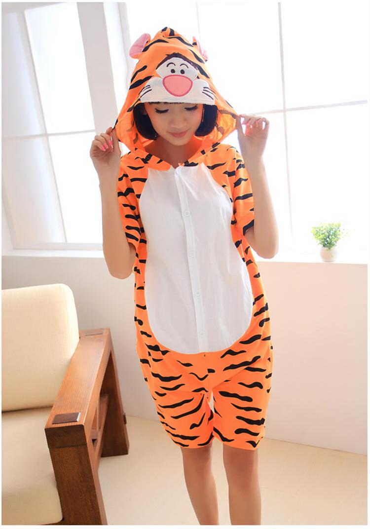 new arrival Designer kawaii Anime Summer Animal tiger Cartoon Jumpsuit tigger Onesie Hoodie Pajamas(China (Mainland))