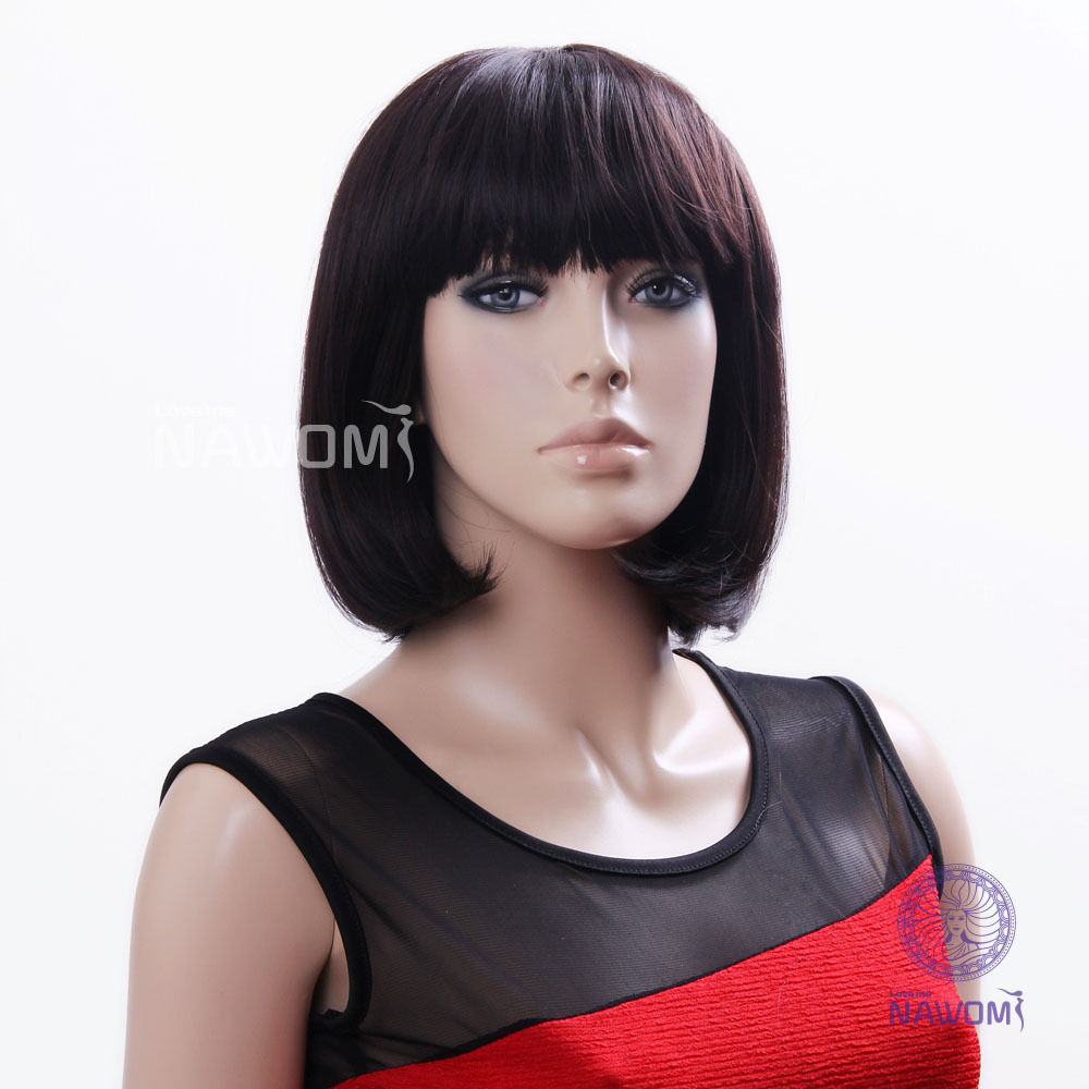 Swept Bangs Neck Length Hairstyle Straight Bob Wigs For