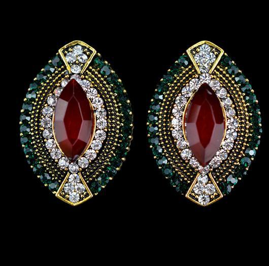 Designed Exquisite Bohemia Style Classic Vintage Colorful Shiny Earrings Stud Eye Shaped Full Crystal Ear Accessories YYE017(China (Mainland))