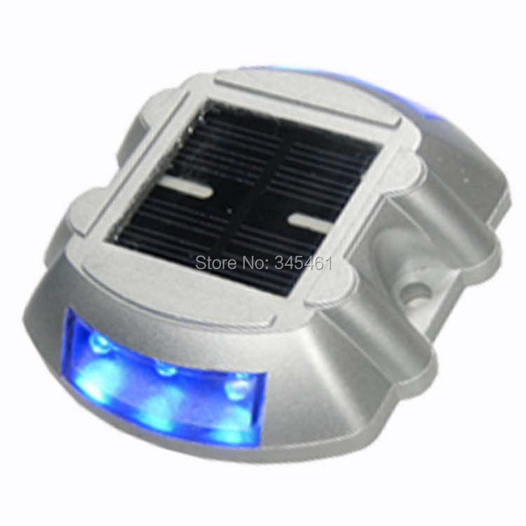 2pcs/lot 2015 NEW Path Driveway Pathway Solar Powered Deck Light LED Security Lights 500M Visible Distance Solar Traffic lights(China (Mainland))