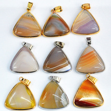 Fashion Druzy Gold Hemming Plate Triangle Nature Stone Multicolor Onyx Agate Charms Geode Druzy Pendant For Necklace 5pcs/lot (China (Mainland))