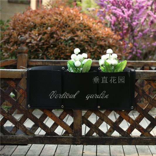 wholesale 30pcs 3 Pockets Vertical Garden Planter Wall-mounted Polyester Home Gardening Flower Planting Bags  Wall Planter