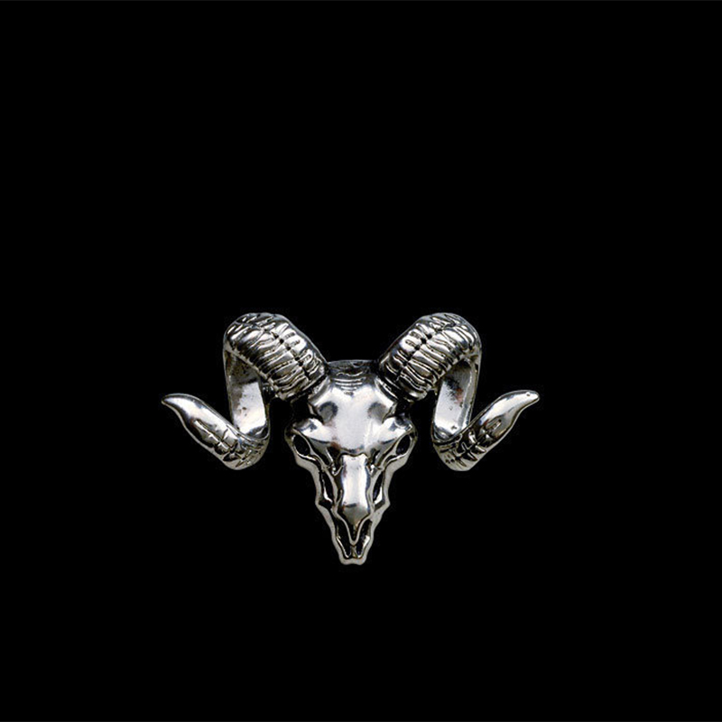 2016 New Fashion Brooch Korea Style Goat Head Shape Brooch Fashion Gift To Men or Women Brooches British Retro Badge(China (Mainland))