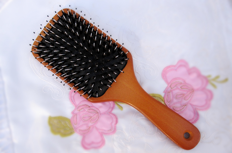 Wood material boar bristle Hair Extension Brush,Soft nylon with black tip wood hair brush comb+Free shipping(China (Mainland))