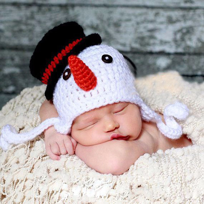 Crochet Knit Baby Beanie Snowman Pattern Earflap Cap Newborn Photography Props Xmas Hat Party Costume(China (Mainland))