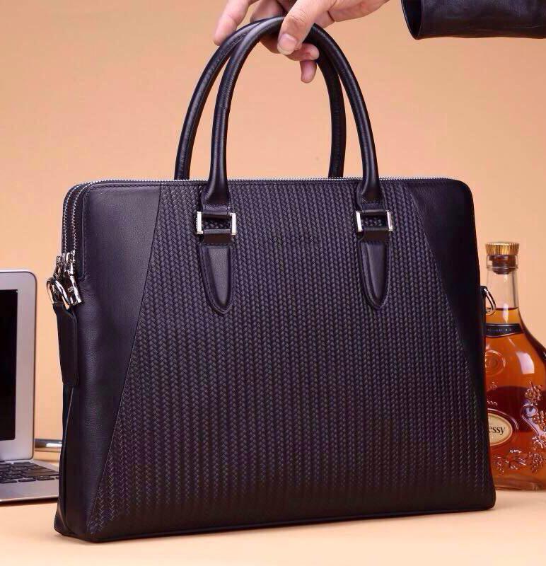 Classic Genuine leather famous brand Men briefcase bolsas de marca male portfolios designer 29slh1(China (Mainland))