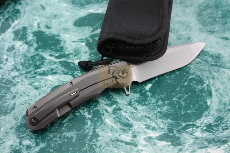 Kevin John VENOM 2 Folding Ball bearing Flipper Knife 440C blade Titanium carbon fiber handle Tactical
