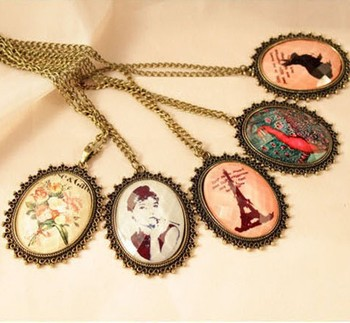 Sunshine jewelry store vintage lady crystal necklace X181 ( $10 free shipping )
