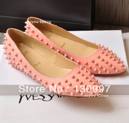 Act as purchasing agency in Hong Kong spring model of female shoes rivets pointed flat shoes leather shoes