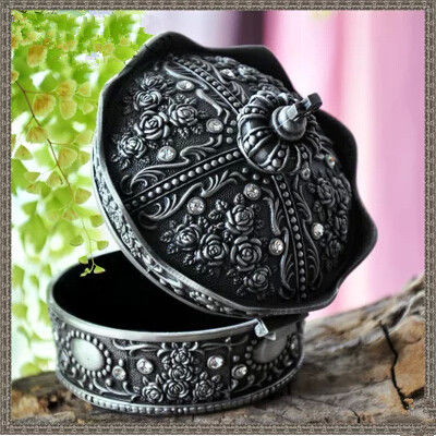 Fashion Metal Jewelry Case trinket box Vintage Carved Crown Design zinc-alloy Box(China (Mainland))