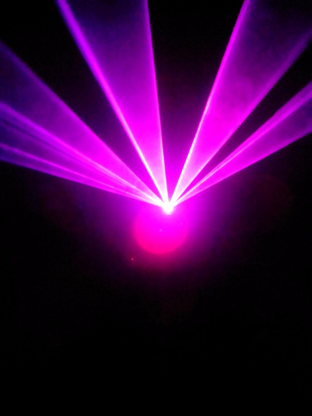 Купить Раша горячая распродажа 300 МВт выросли + фиолетовый многоцветный SD карта анимация лазерный луч, Диско лазерное шоу для бара событие ну вечеринку