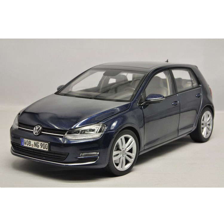 1:18 Germany Volkswagen factory OEM Norev VW 2013 the new 7 generation Golf Golf car model(China (Mainland))