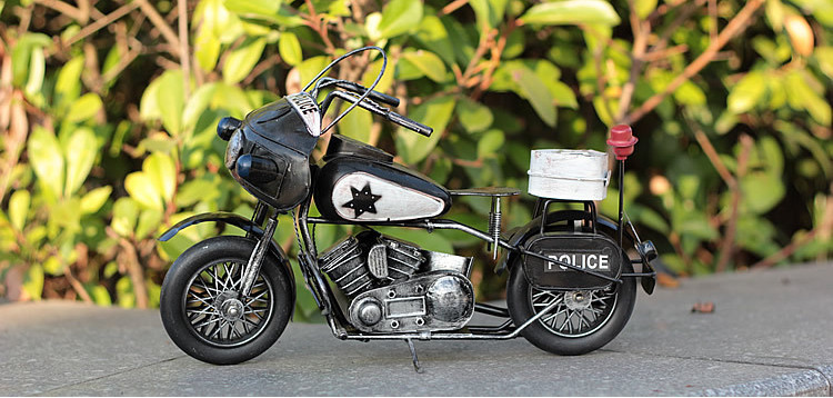 Police motorcycles model Do the old wrought iron ornaments creative gifts collection iron sheet ornaments(China (Mainland))