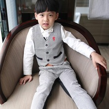 Korean children boy gentleman vest Pant Suit 2 sets of children age paragraph the chequered leisure suit