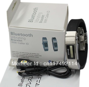 Vibrating bluetooth bracelet, connecting with smatphone