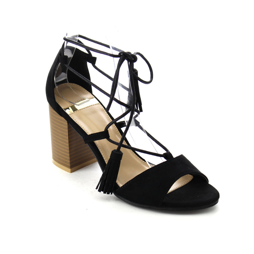 Mid Heel Lace Up Shoes