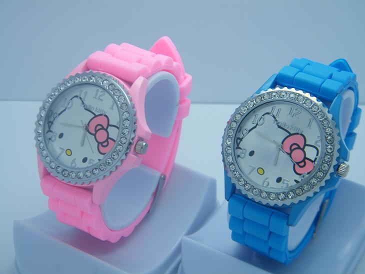Quartz Silicone Strap Rhinestone Cartoon color Hello Kitty Watch Women Dress Kid Fashion Casual 2014 Free Shipping(China (Mainland))