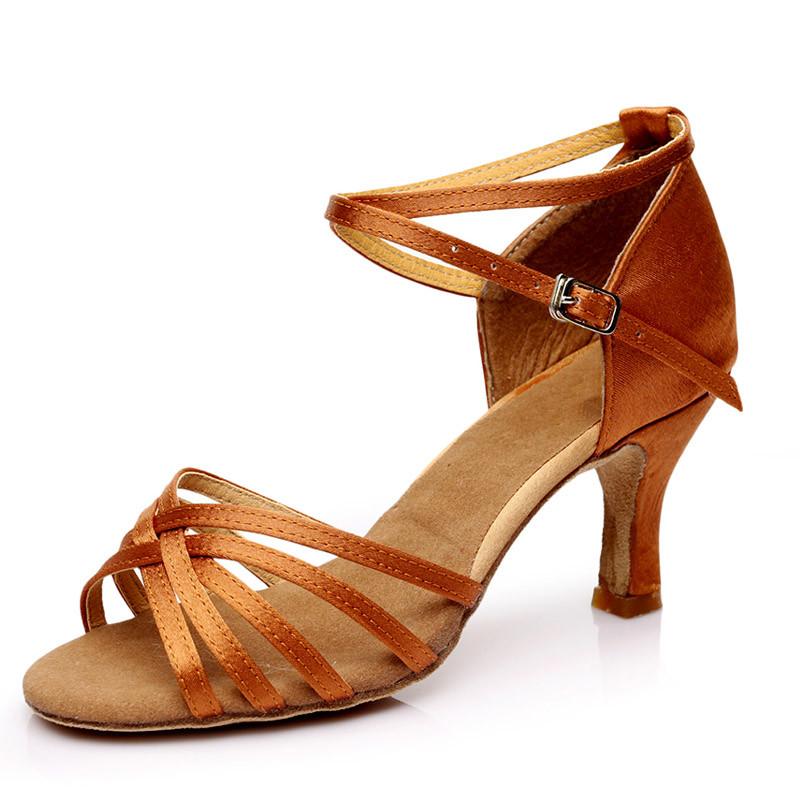 ballroom salsa shoes low heels