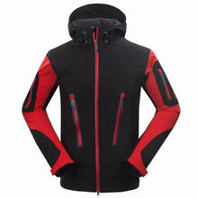 2015 New brand outdoor sports softshell jacket men waterproof windstopper fleece mammoth hiking jacket men for hiking camping(China (Mainland))