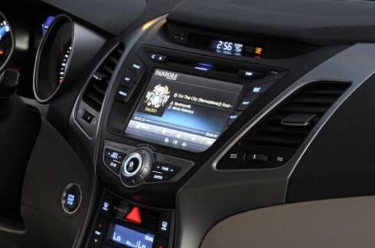 "7"" Hyundai elantra 2014 pure android 4.4.2 car dvd player car pc 3g wifi radio bluetooth Capacitive screen TA-7079(China (Mainland))"