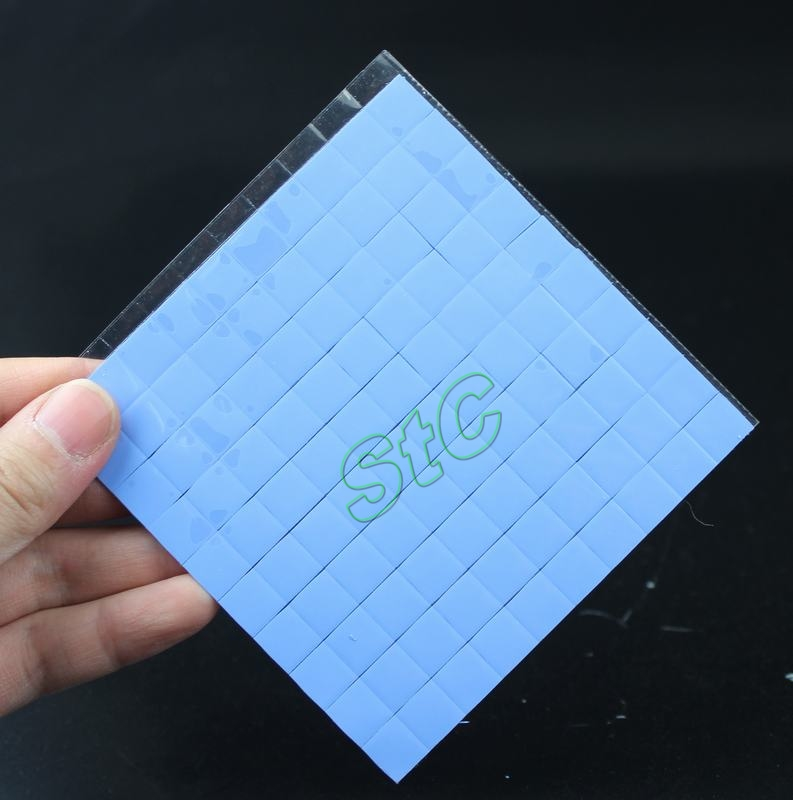 100 PCS LOT Blue10x10mmx1mm GPU CPU SMD DIP IC Compound Conductive Mini silicone thermal pad for