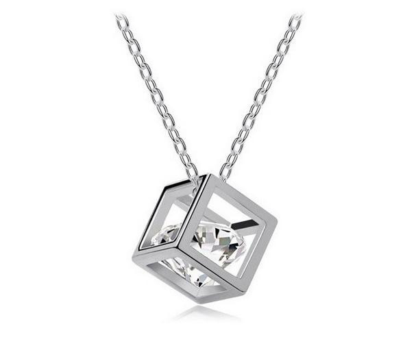 Austria Zircon Crystal Necklace Square Shape Transparant For Wholesale(China (Mainland))