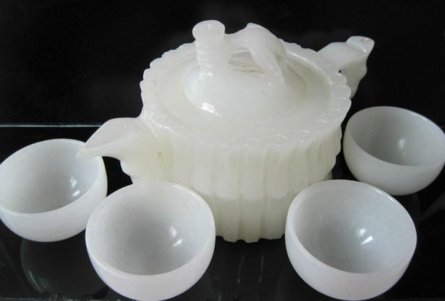 Beautiful Chinese 100% natural Afghanistan jade hand-carved statues – Teapot