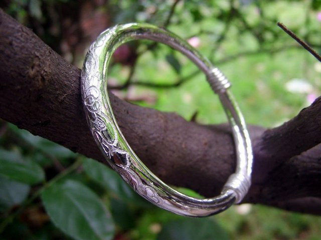 Pure Silver(990s) Engraving Clover Pattern Bangle Bracelets by All Human-made
