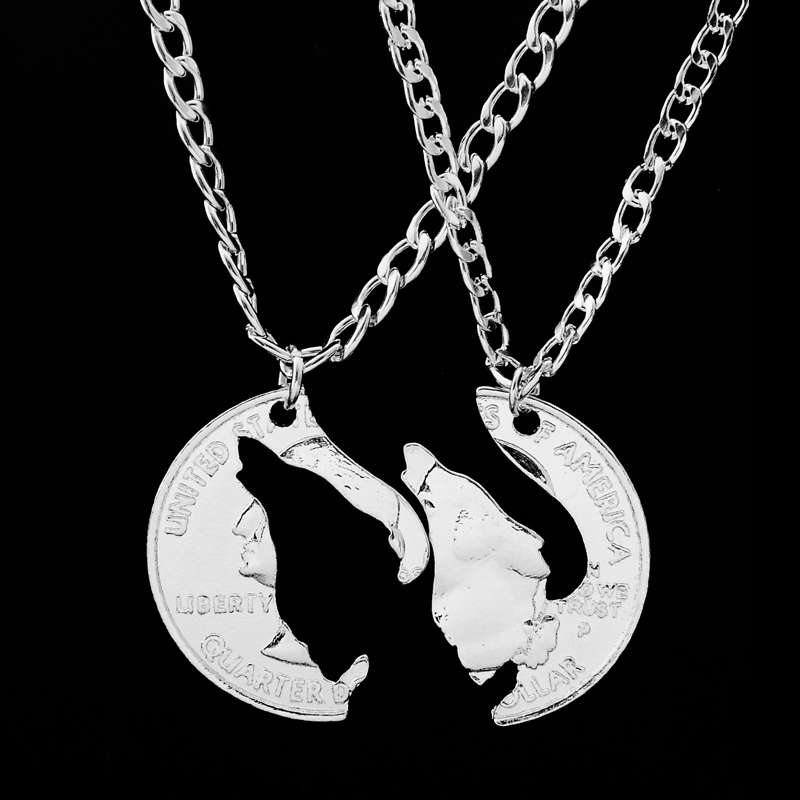 cut howling wolf necklace animal wolves pendant