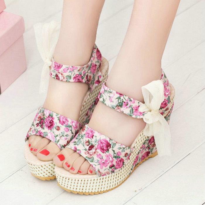Bohemia Style wedges sandals female shoes women platform lace belt print open toe high-heeled shoes SIZE 35-39(China (Mainland))