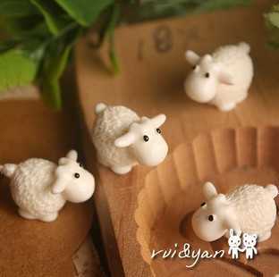 Free Shipping (20 Pieces/ Lot) Glass Shade Filter-High Quality Resin Little Sheep
