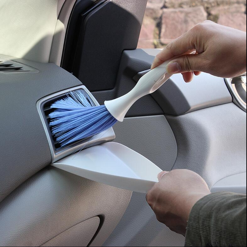 Aimee auto Multifunctional outlet car brush car ac outlet cleaning products set auto upholstery supplies(China (Mainland))
