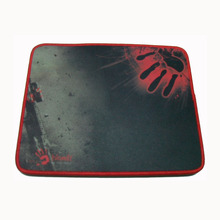 Smooth Surface Bloody Offense Armor Gaming Mouse Mat M medium Size 320 mm x 240mm x 3mm(China (Mainland))