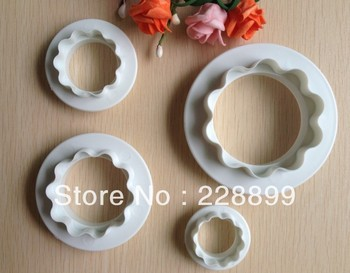 Free Shipping  4PCS Round & Wavy edge double sided cookie cutter Cake Decoration tools Pressing Mould