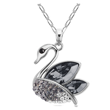 New Best selling jewelry cheap fashion jewelry wholesale lovely little swan crystal necklace with Australia element
