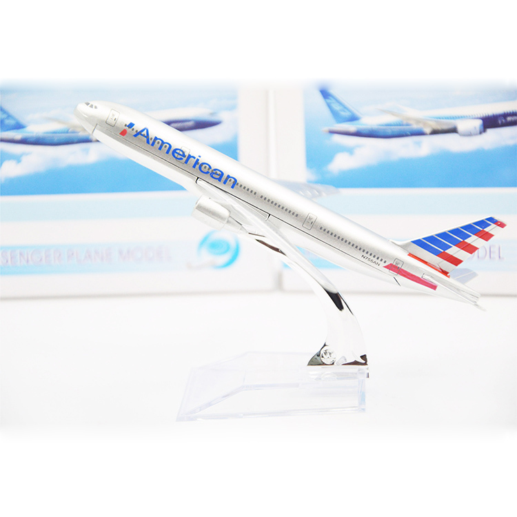 16cm Alloy Metal Airplane Model American Airlines Boeing 777 Airways Airbus Model W Stand Aircraft Toys Gift Free Shipping(China (Mainland))