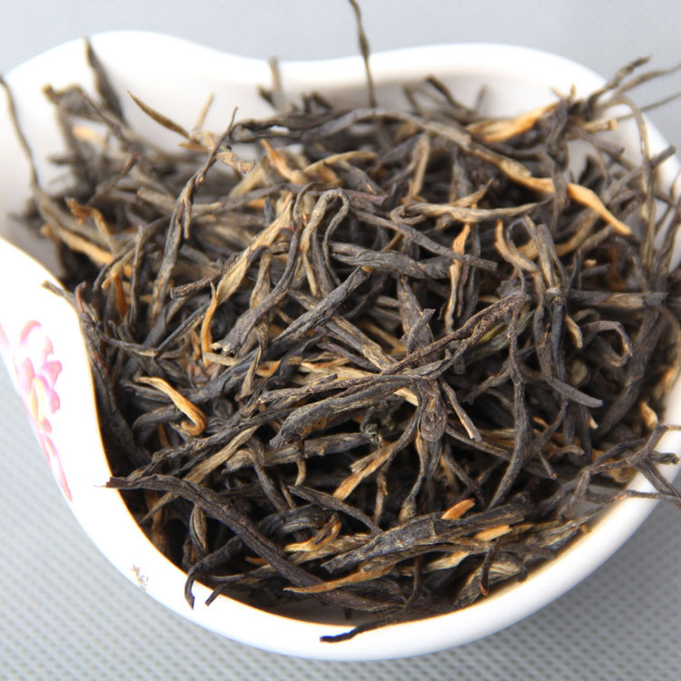 Freeshipping Classic 1 FENGQING Dianhong tea one buds two pine needles a foliation of straight yunnan
